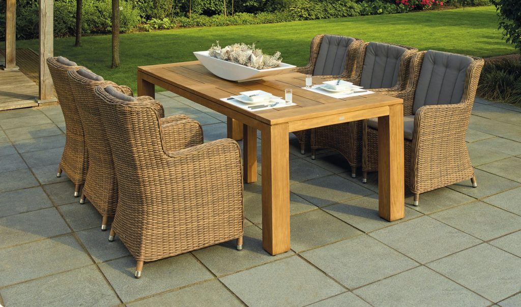 Photo 3 - Patio table